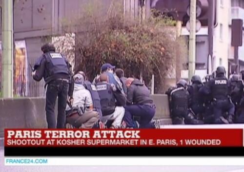 https://s3.amazonaws.com/the-citizen-web-assets-us/uploads/2018/02/13190133/Paris-Kosher-Supermarket-Police-e1420813638350-620x436-1.jpg